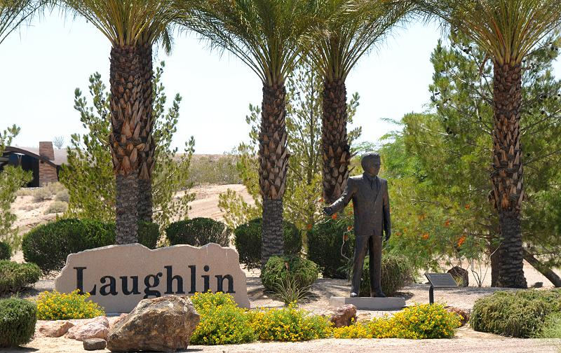 Brett 39 s laughlin view north reach project open 9 mi of for Garden statues las vegas nv
