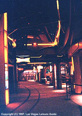 DS9 Promenade